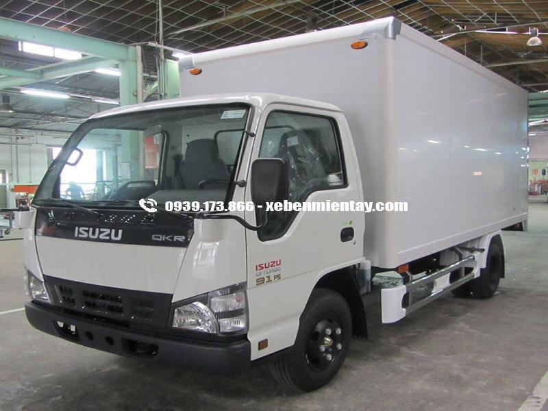 Xe tải ISUZU QKR55F 1.4 tấn thùng mui bạt