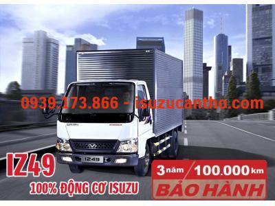 Hyundai IZ49 2 tấn 4 thùng kín máy isuzu